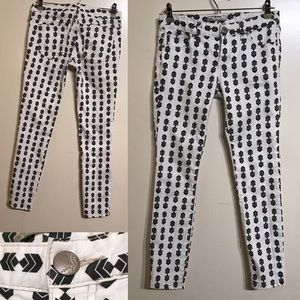 Free people white skinny jeans with black pattern